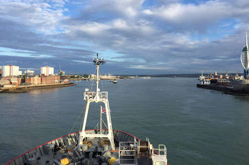 RRS James Clark Ross leaves Portsmouth